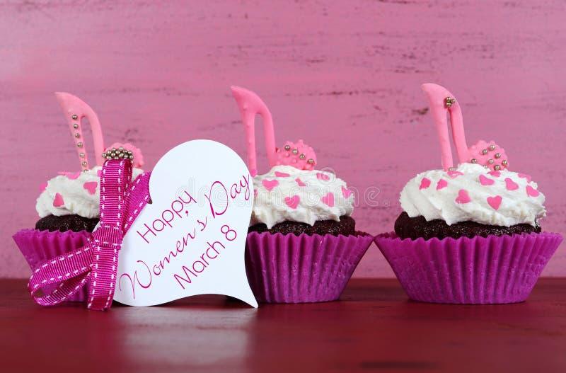 国际妇女天,杯形蛋糕3月8日, 库存图片