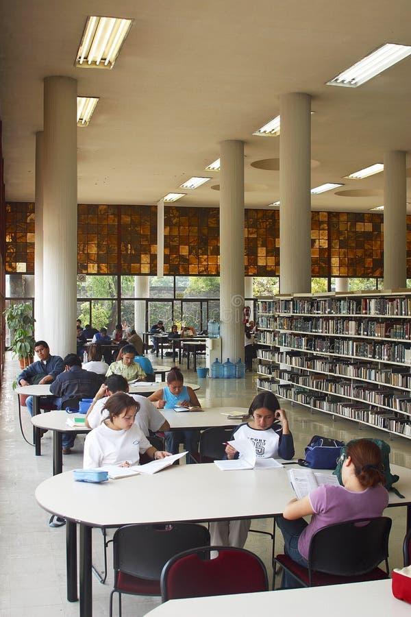 图书馆墨西哥国民大学 免版税库存照片