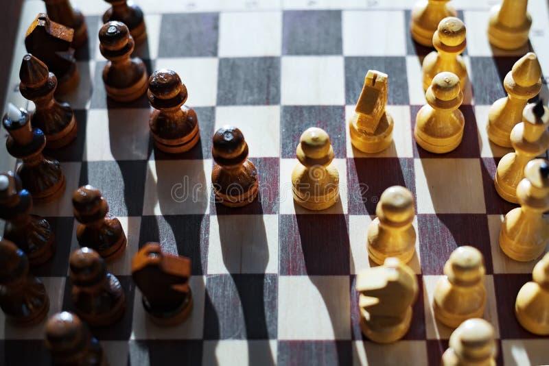 图在棋枰被安置 比赛的期初 图库摄影