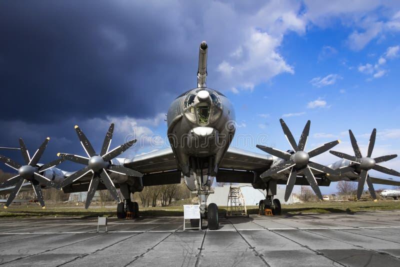 图波列夫Tu142M3负担航空器 库存照片