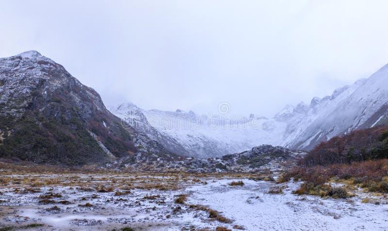 图od军事的冰川 库存图片