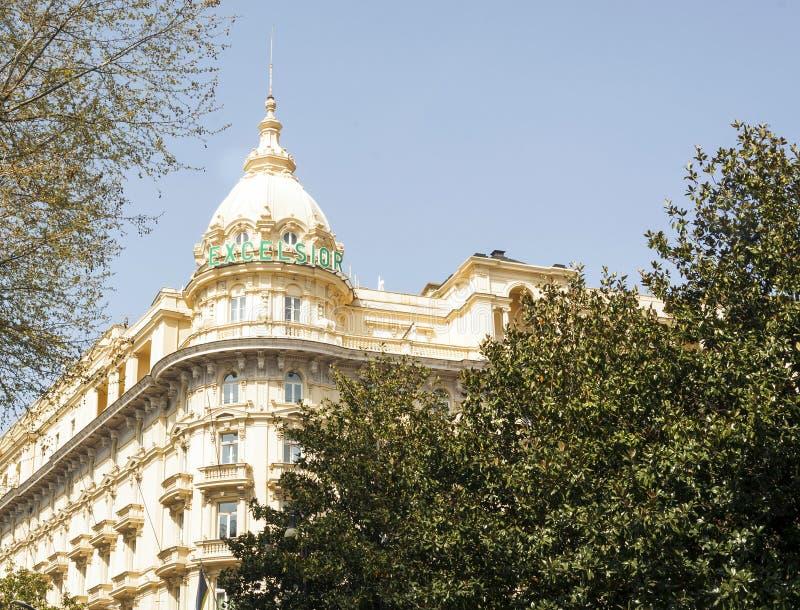 圆山大饭店细刨花的外部塔在罗马 免版税库存照片