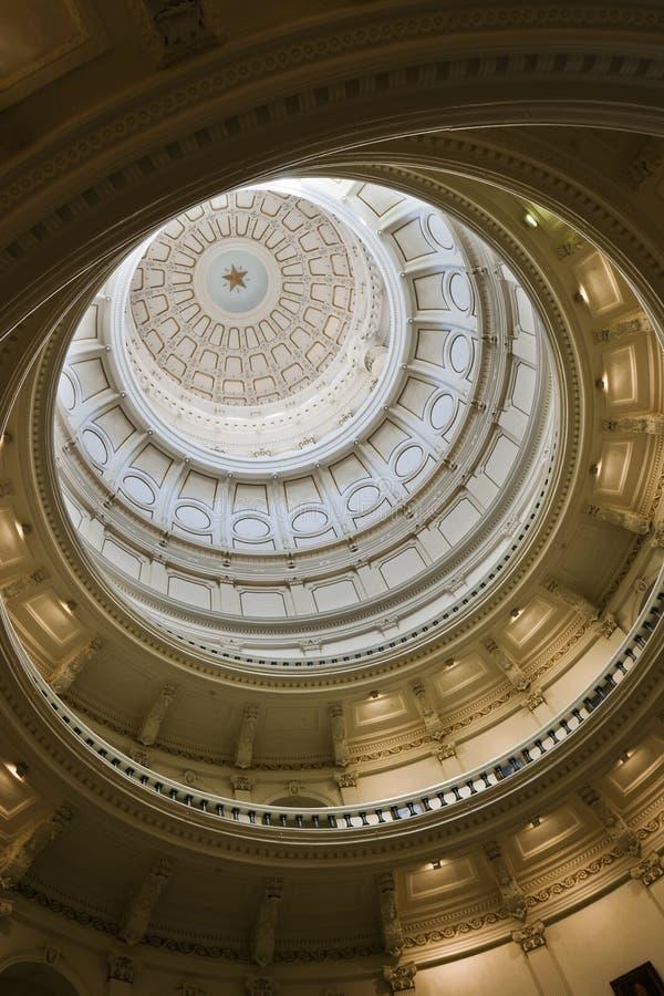 圆形建筑的国会大厦 免版税库存图片