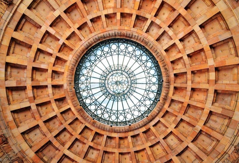 圆形建筑的最高限额 库存照片