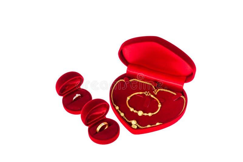 圆环金刚石和金子为婚礼之日 免版税图库摄影