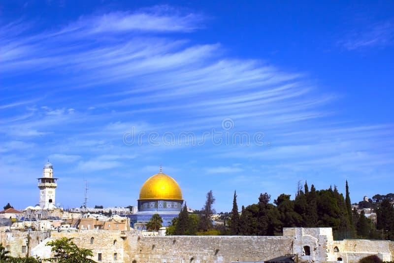 圆顶以色列耶路撒冷岩石视图 免版税库存照片