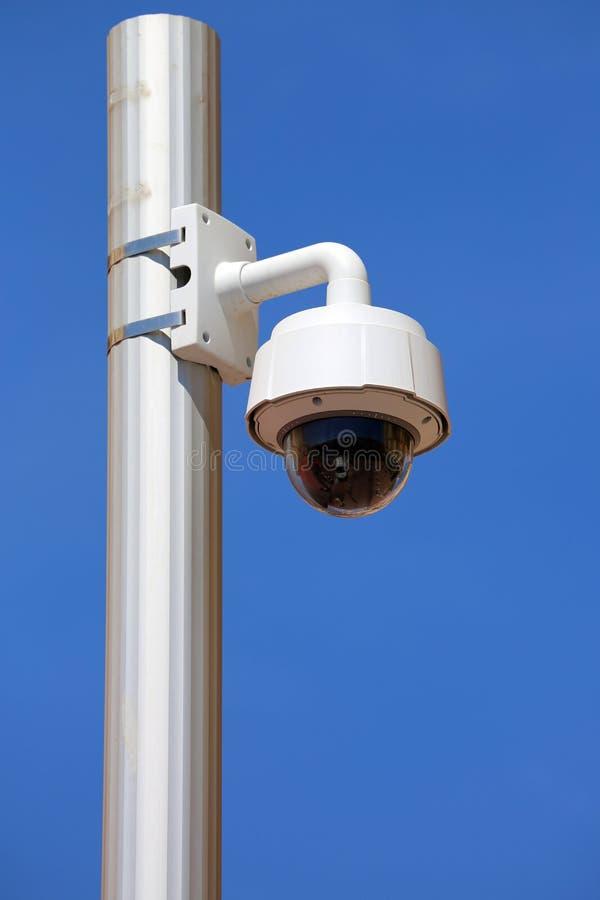 Download 圆顶类型照相机在尼斯 库存照片. 图片 包括有 现代, 安全性, 安全, 记录, 专用, 观察, 电子, 卫兵 - 72352768