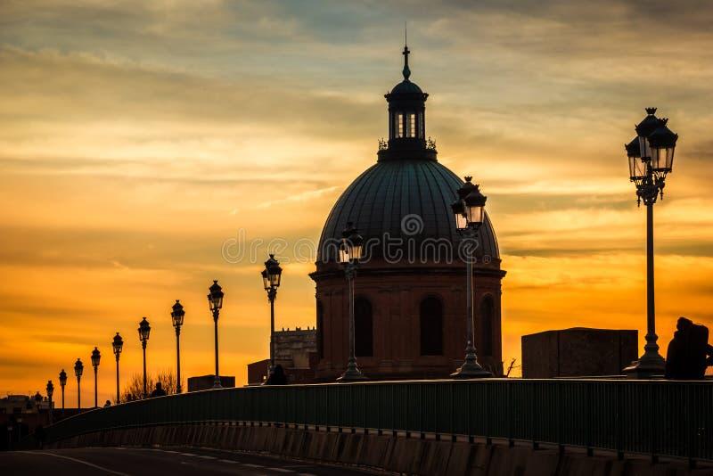 圆顶 医院de拉格拉夫教堂  图卢兹 法国 免版税库存照片