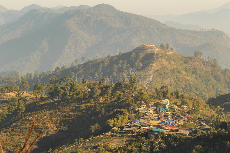 Download 土井Angkhang山chiangmai泰国 库存照片. 图片 包括有 庭院, 小山, 果子, 自然, 横向 - 59105262