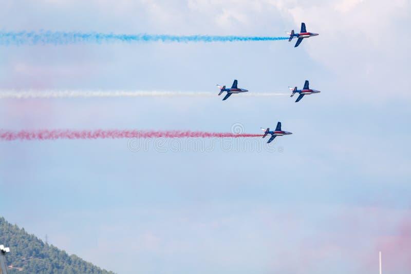 土伦rade,法国- 2018年8月15日:Patrouille de航空的法国 免版税库存图片