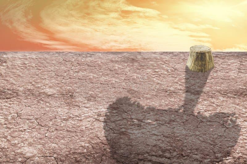 Download 土壤是干燥的,并且红色和树死站立与它的阴影 库存图片. 图片 包括有 的treadled, 黏土, 结构树 - 59112695