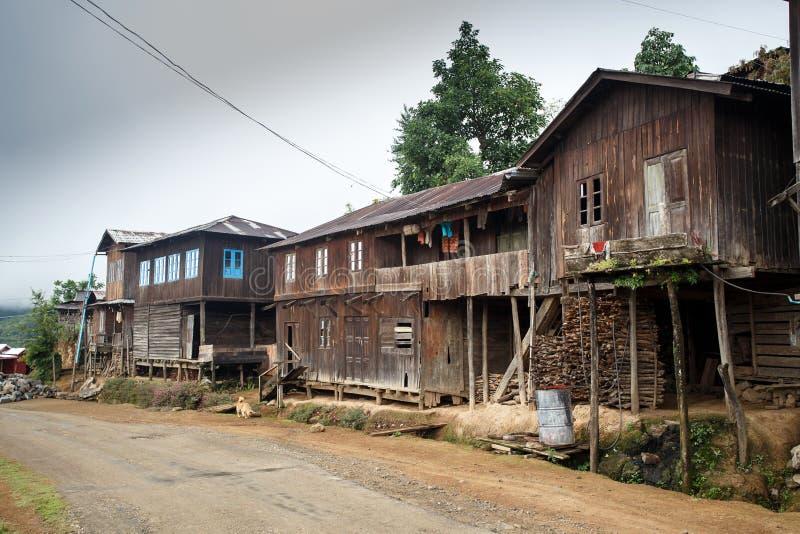 土气村庄在缅甸 免版税库存图片