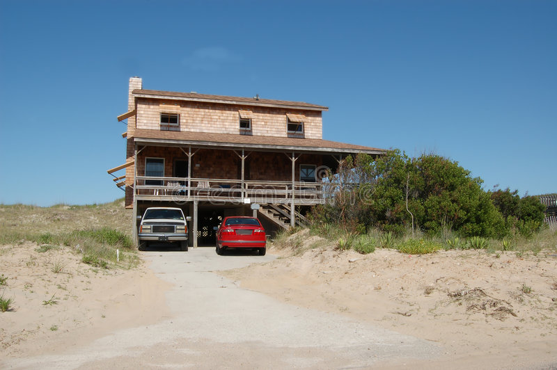 土气的海滨别墅 库存图片