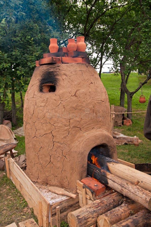 黏土火炉 库存图片