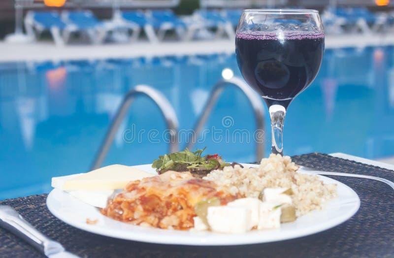 土耳其包括所有的旅馆:食物、酒和游泳池 免版税图库摄影