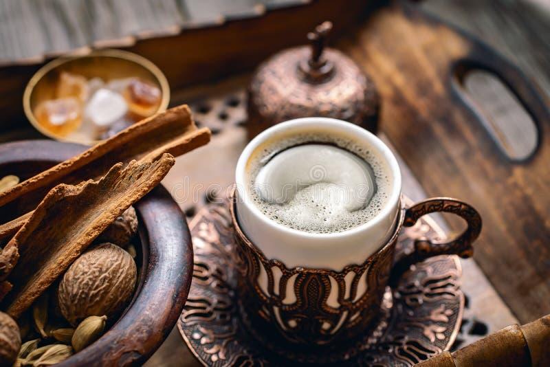 土耳其咖啡和香料 免版税图库摄影