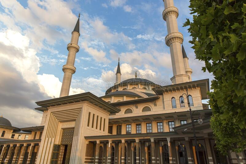 土耳其安卡拉总统府的米勒清真寺 免版税库存照片