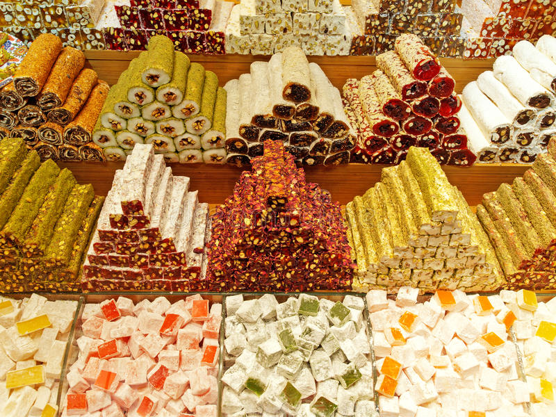 土耳其快乐糖在盛大义卖市场-伊斯坦布尔土耳其 免版税库存照片