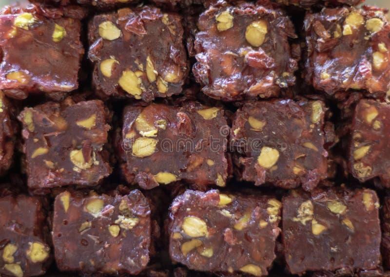 土耳其快乐糖(;Cezerye);甜不同颜色 它在商店前面被采取了 库存图片