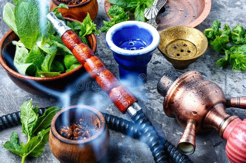 土耳其水烟筒用薄菏 免版税库存图片