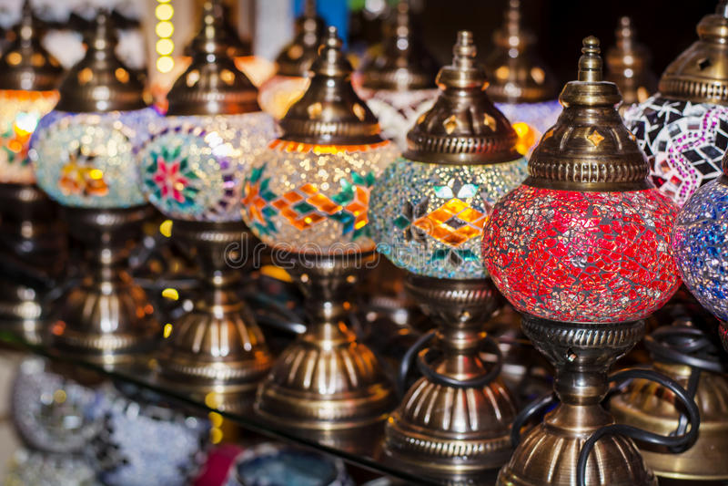 土耳其灯待售在盛大义卖市场 免版税库存图片