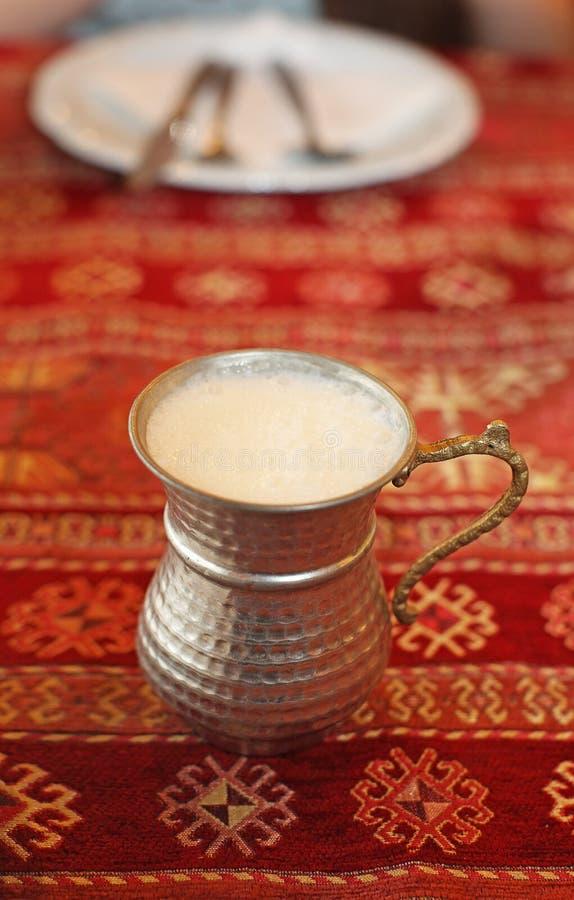土耳其牛奶dink airan 免版税库存图片