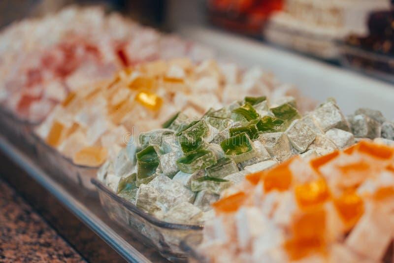土耳其甜点在埃及义卖市场 E ?? 免版税库存照片
