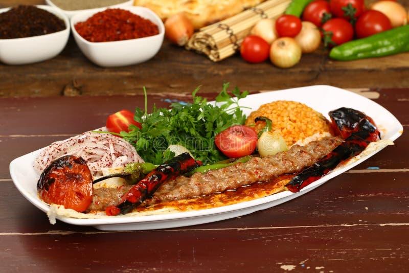 土耳其语阿达纳- Urfa Kebab 库存照片