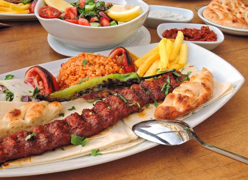 土耳其kebab和皮塔饼 库存照片
