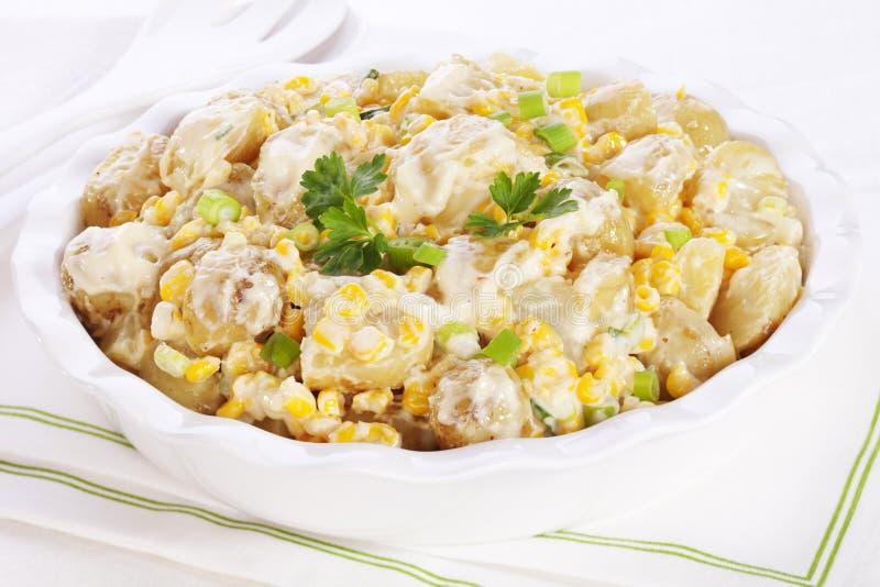 土豆沙拉用玉米 库存图片