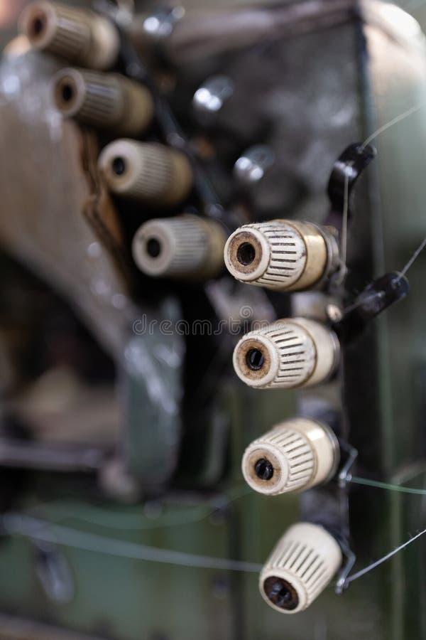 土engrained在overlock机器的瘤 图库摄影