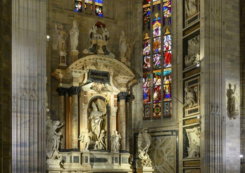 圣乔凡尼Buono,米兰主教座堂,意大利法坛  免版税图库摄影