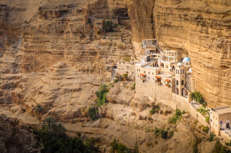 圣乔治正统修道院更低的谷的Kelt在巴勒斯坦当局的Judean沙漠 免版税库存图片