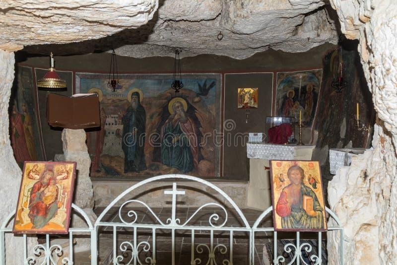 圣乔治Hosevit在旱谷Kelt的3月Jaris修道院的内部在Mitzpe Yeriho附近在以色列 库存照片