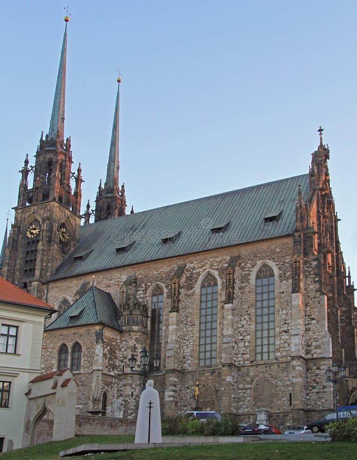 Download 圣伯多禄和保罗大教堂在布尔诺 库存照片. 图片 包括有 beautifuler, 美国鹅掌楸, 五颜六色 - 72359902