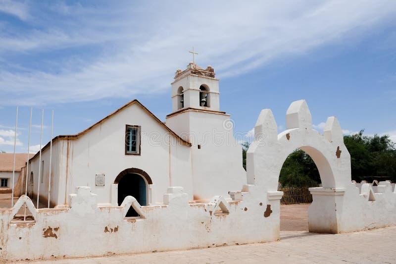 圣佩德罗火山de阿塔卡马教会 库存照片