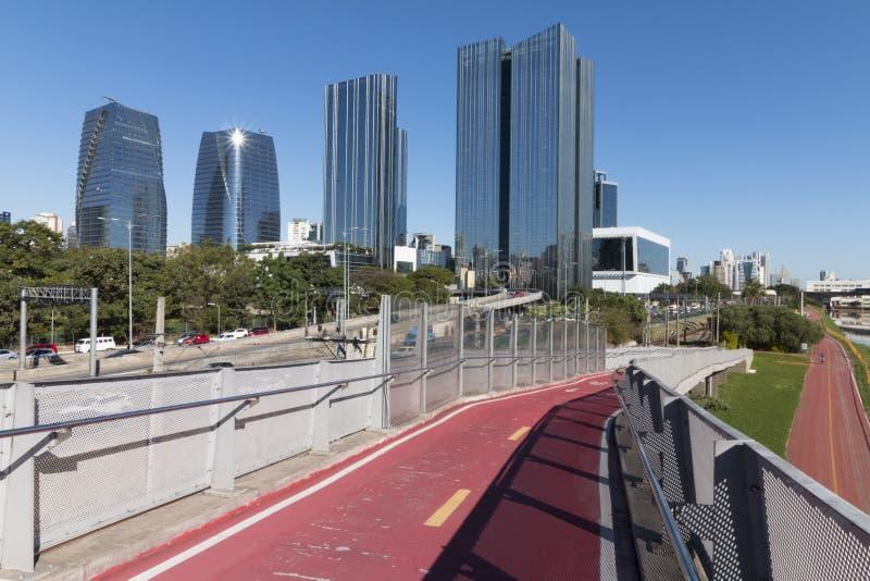 圣保罗都市风景-维拉奥林匹亚 免版税库存照片