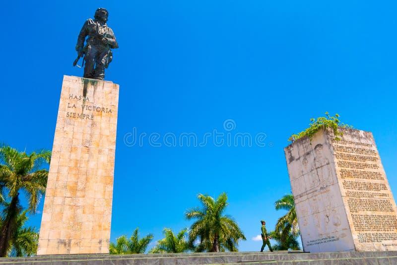 圣克拉拉,古巴- 2015年9月08日:车公 库存照片