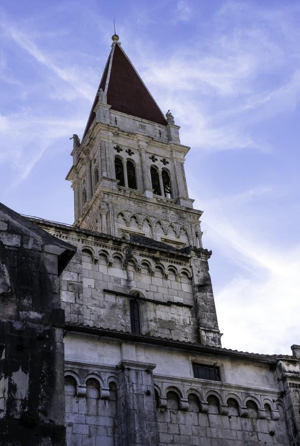 圣劳伦斯大教堂在历史的市特罗吉尔,克罗地亚 库存图片