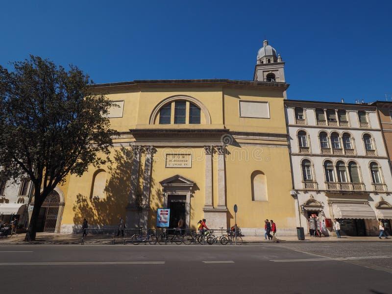 圣卢卡伊凡吉莉丝塔教会在维罗纳 库存图片