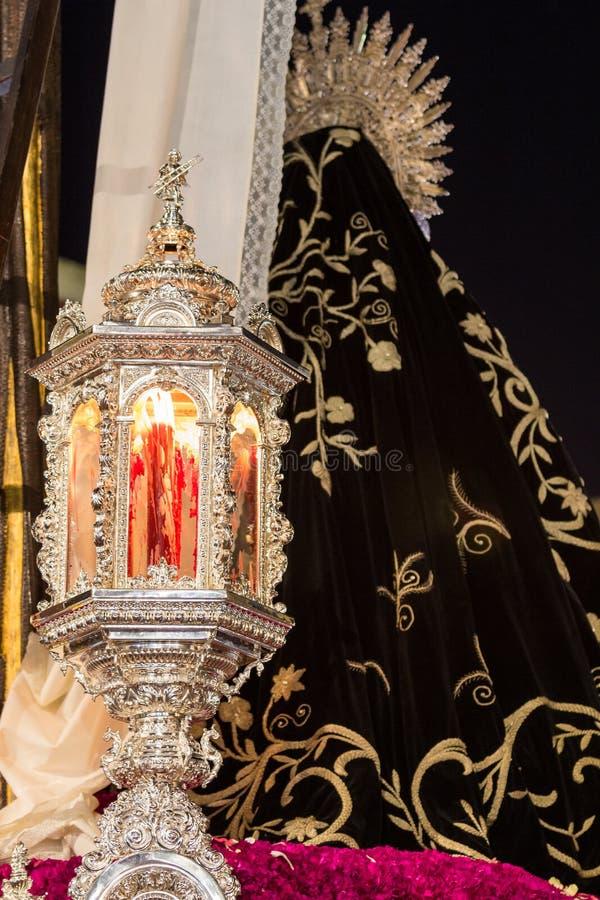 圣周在圣费尔南多,卡迪士,西班牙 慈善团体的段落的细节  免版税库存图片