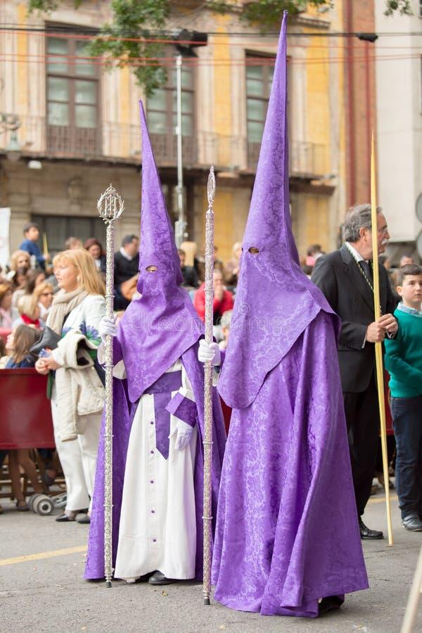 圣周在马拉加,西班牙 棕枝全日队伍的基督教徒 库存图片