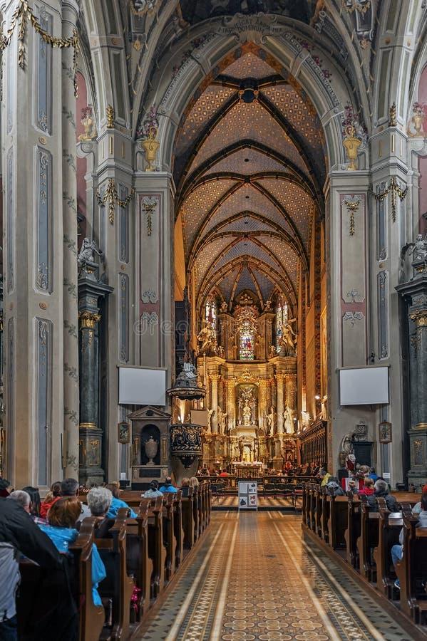 圣圣餐教会内部,前多米尼加共和国的教会在利沃夫州,乌克兰 免版税图库摄影
