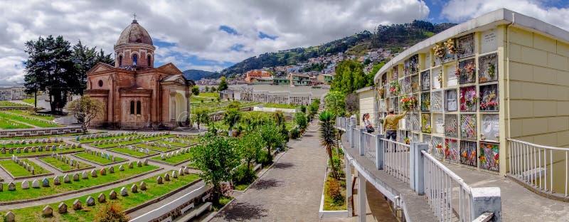 圣地亚哥教会公墓全景  库存图片