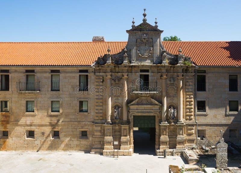 圣埃斯特万修道院门  库存图片