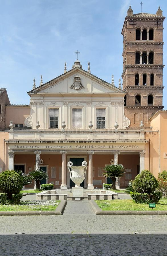 圣塔切奇利娅教会在Trastevere 免版税库存照片