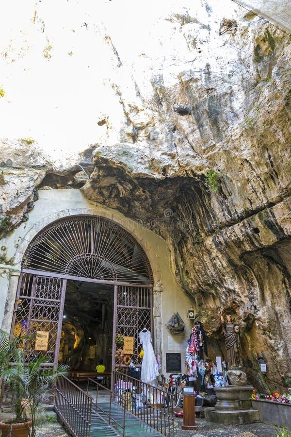圣塔罗萨莉娅圣所在巴勒莫,西西里岛,意大利 免版税库存照片