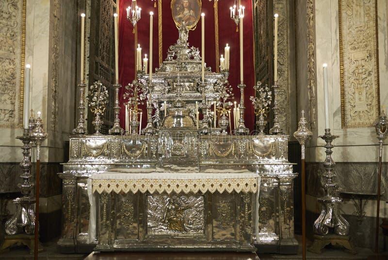 圣塔罗萨莉娅教堂看法  免版税库存照片