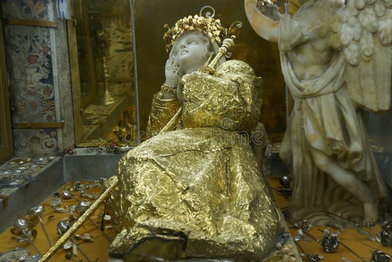 圣塔罗萨莉娅雕象  库存照片