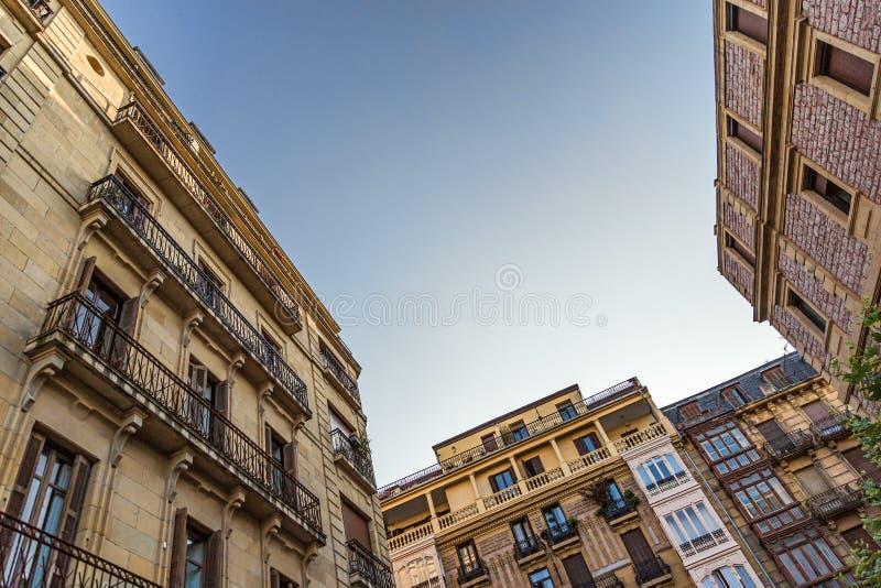 圣塞瓦斯蒂安,西班牙门面  库存照片